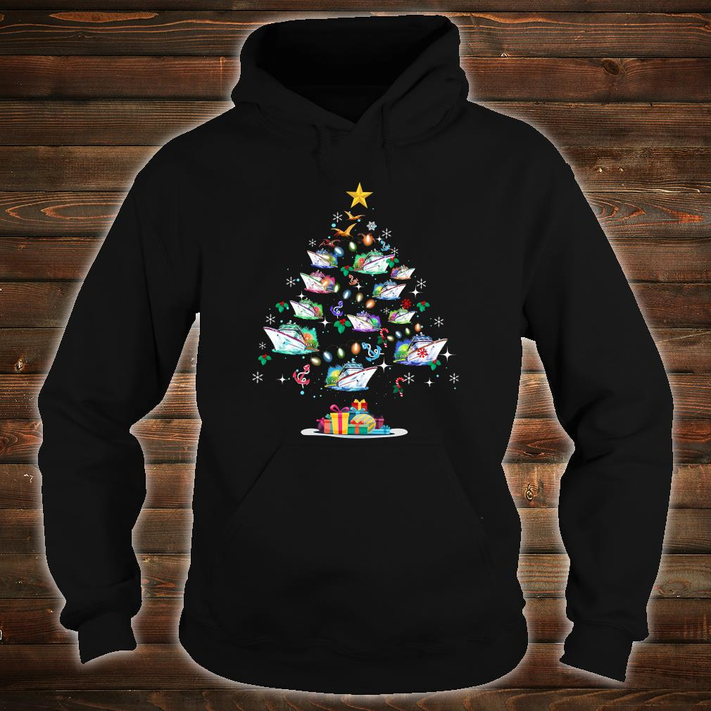Boats decorating on the palm tree christmas shirt hoodie