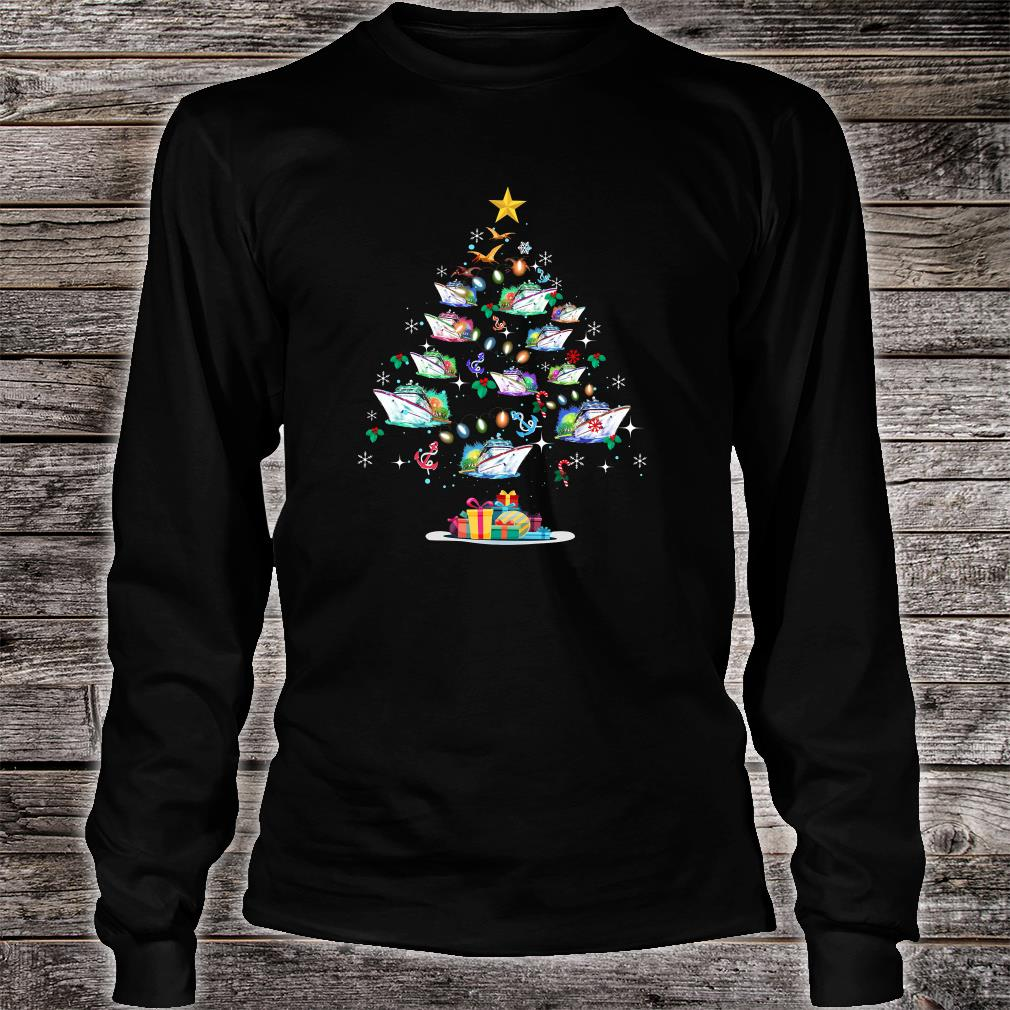 Boats decorating on the palm tree christmas shirt Long sleeved