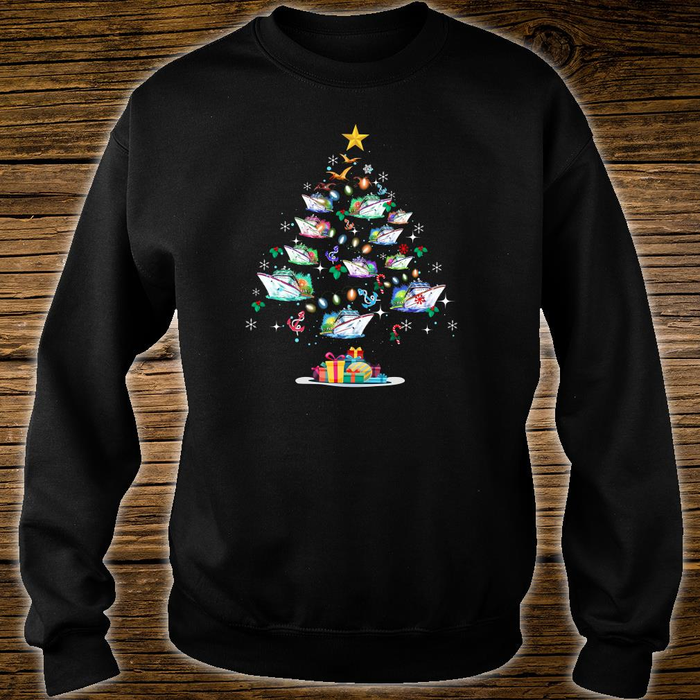 Boats decorating on the palm tree christmas shirt sweater